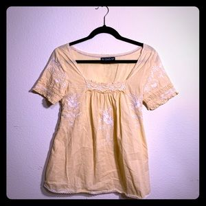 Summery Short-Sleeve Blouse
